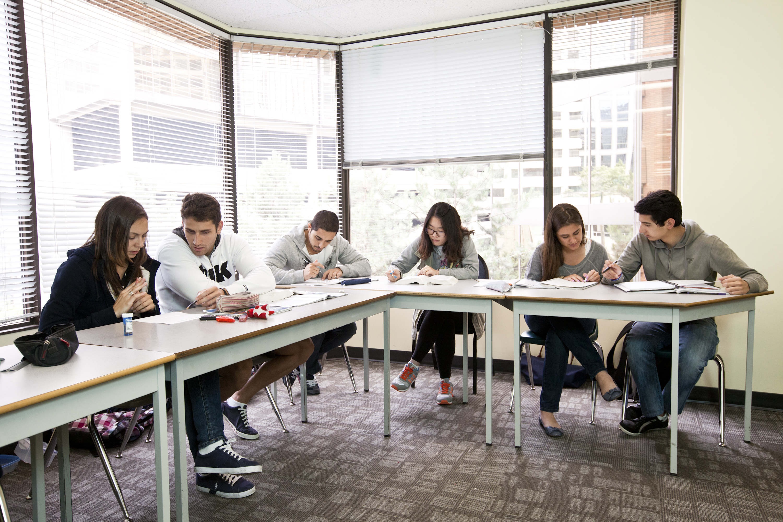 Эксклюзивное предложение по языковым курсам за рубежом . Фото - 7