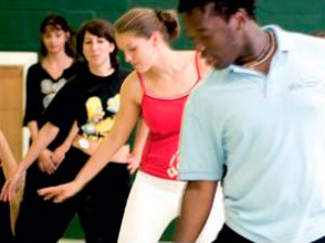 Танцуют все! Даже изучая иностранные языки…. Фото - 7