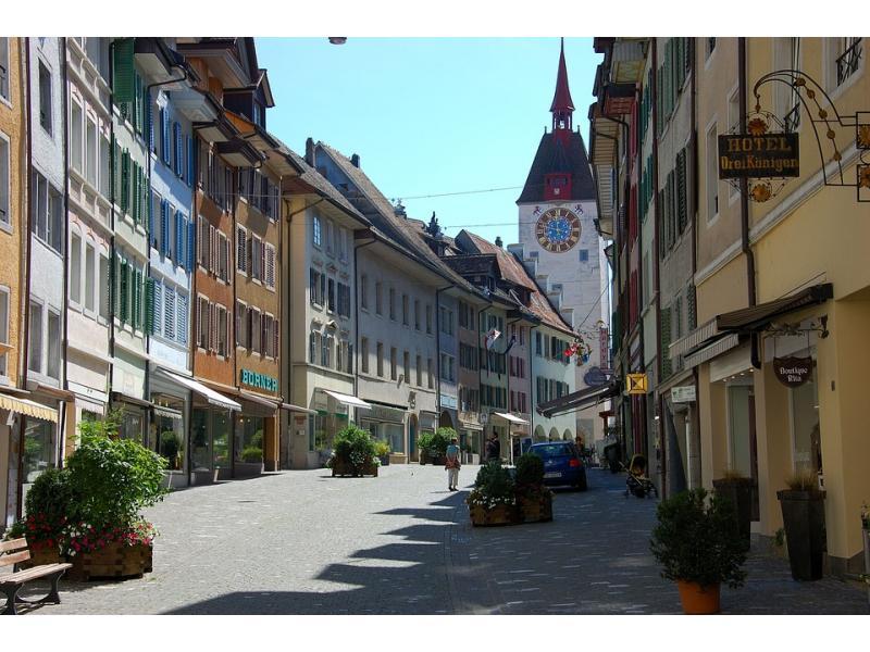 Гостиничному бизнесу правильно учат в Швейцарии. Фото - 7