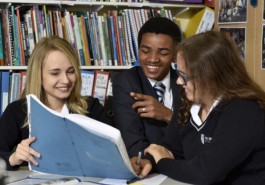 Середня освіта у Великобританії: особливості, навчальна програма. Фото - 3
