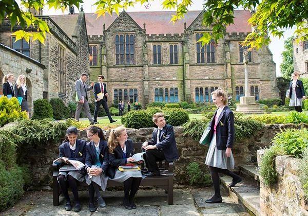 Быт в британских школах: чем живут ученики вне класса. Фото - 3