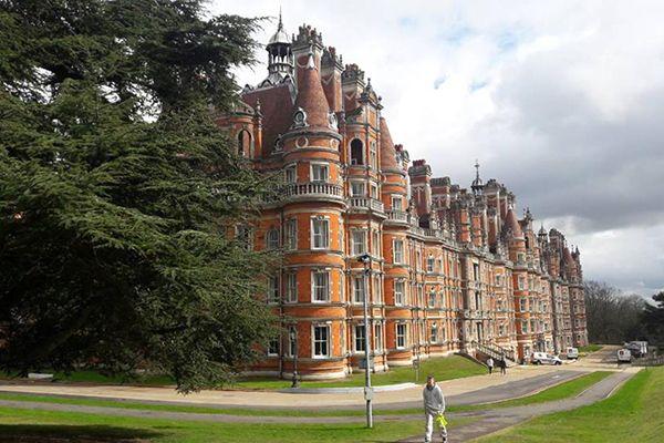Обучение в групповой поездке в Royal Holloway University. Отзыв Марии, Максима и Марины . Фото - 7