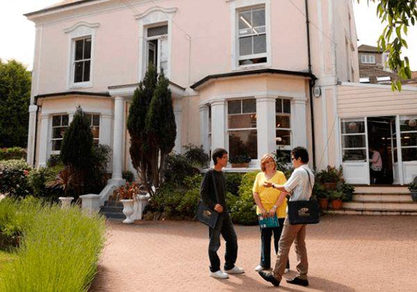 Профессиональные курсы английского за рубежом – на 10 ступеней выше по карьерной лестнице. Фото - 8