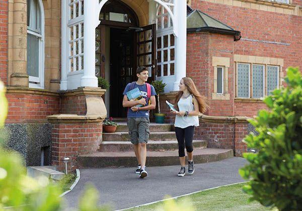 Earlscliffe College: обучение в лучших британских традициях. Фото - 4