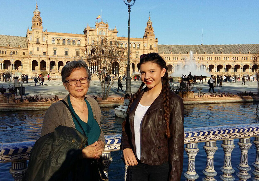 Изучение английского и испанского с Living Learning English: полное погружение в языковую среду . Фото - 4