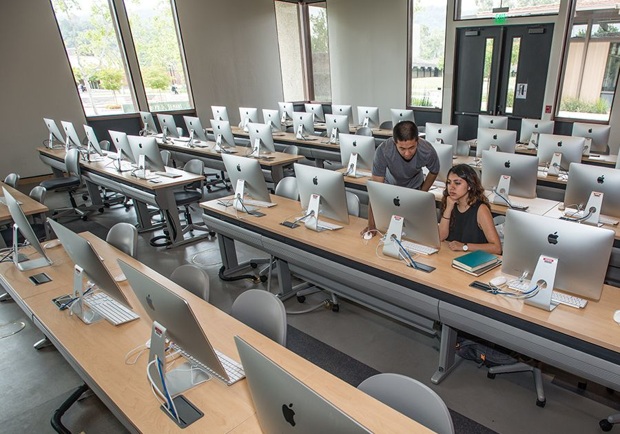 Как поступить в университеты США, которые посещали Джобс и Возняк. Фото - 9