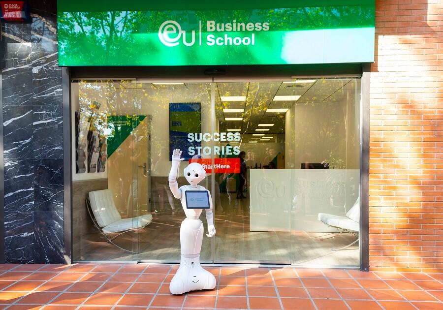 Бизнес–образование в Европе с EU Business School: привлечь студентов к реальному миру бизнеса. Фото - 3