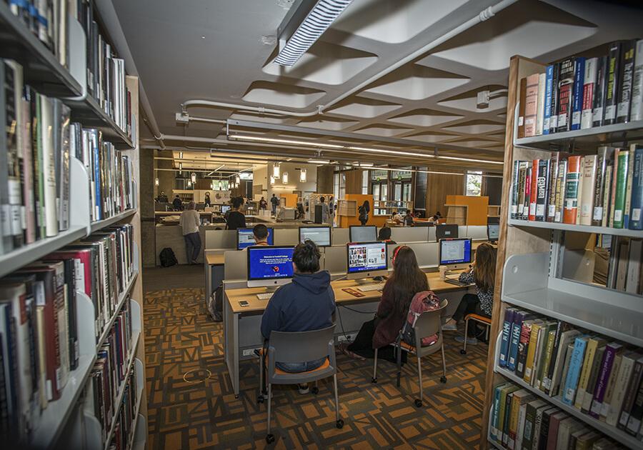 Foothill College – прямой путь в престижные университеты США. Фото - 4