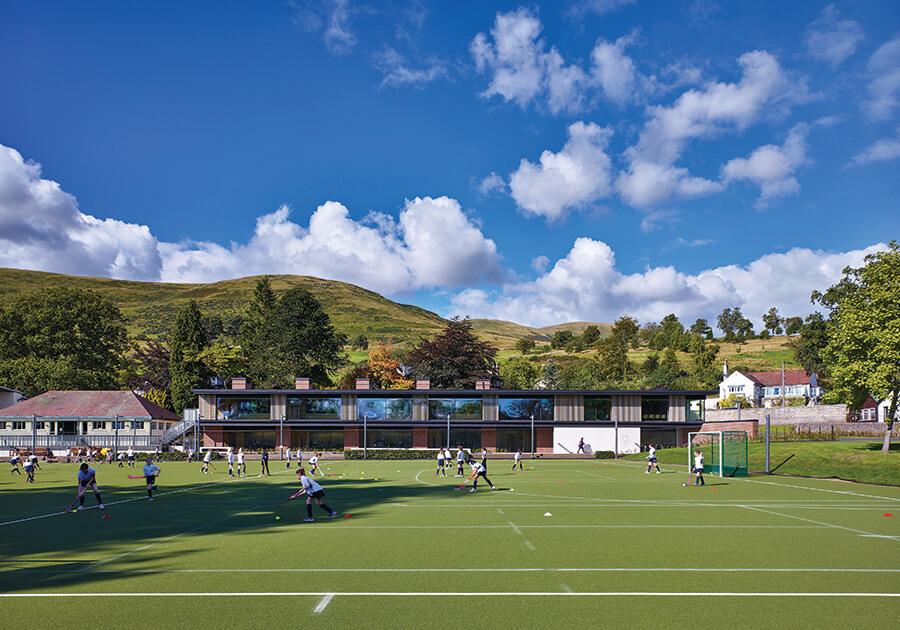 Dollar Academy – одна из крупнейших и лучших школ Шотландии. Фото - 9