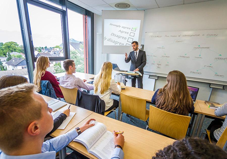 Обучения в Германии: частный или государственный вуз? Разговор с будущим студентам. Фото - 4