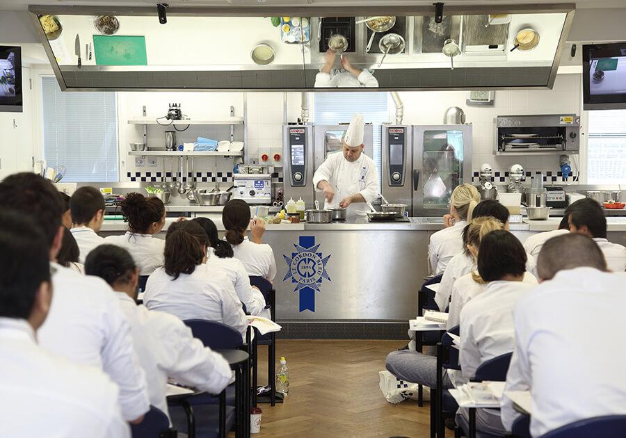 Образование в кулинарной академии Le Cordon Bleu: интервью основательницы кондитерской Leclair. Фото - 4