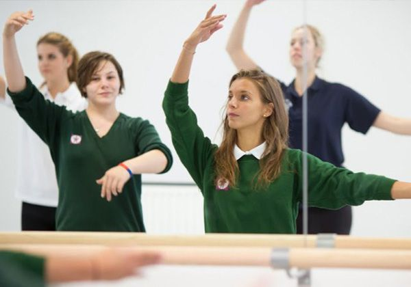 Идеалы британского образования в Box Hill School. Фото - 5