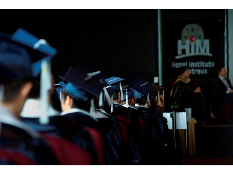 Swiss Education Group: международные работодатели выше ценят студентов, проходивших стажировки. Фото - 9