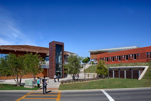 Економія $18 тисяч на рік: вступаємо у ком'юніті-коледжі США. Фото - 4