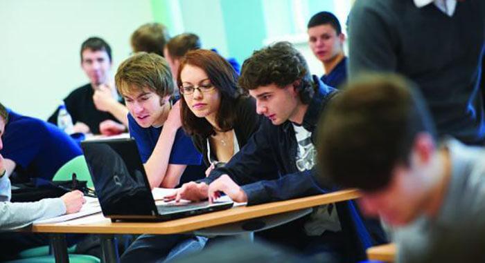 Вища освіта в Великобританії. Фото - 12