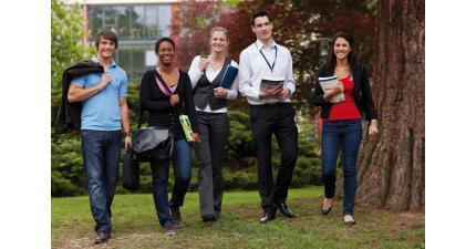 Преимущества обучения в частных вузах Германии. Презентация IUBH School of Business and Management. Фото - 4