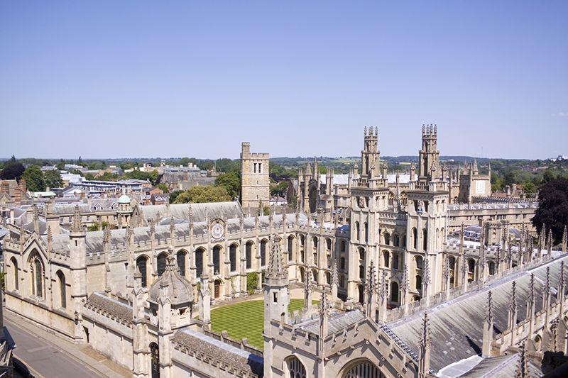 Специальные предложения по языковым курсам для взрослых от Oxford International. Фото - 11