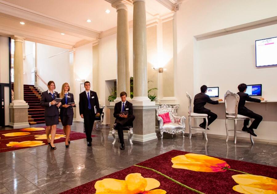 В 2019 году университеты SEG вошли в топ-25 вузов мира в сфере международного гостеприимства. Фото - 3