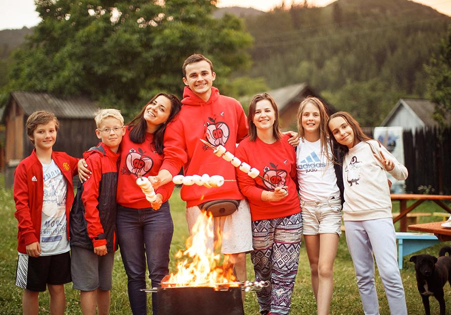 Канікули у англомовному таборі DEC camp: літні програми 2019 для дітей та підлітків. Фото - 3