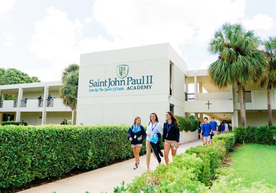 Престижные школы США выдают стипендии на обучение в старших классах клиентам DEC . Фото - 3