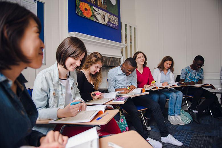Языковые курсы для взрослых. Фото - 7
