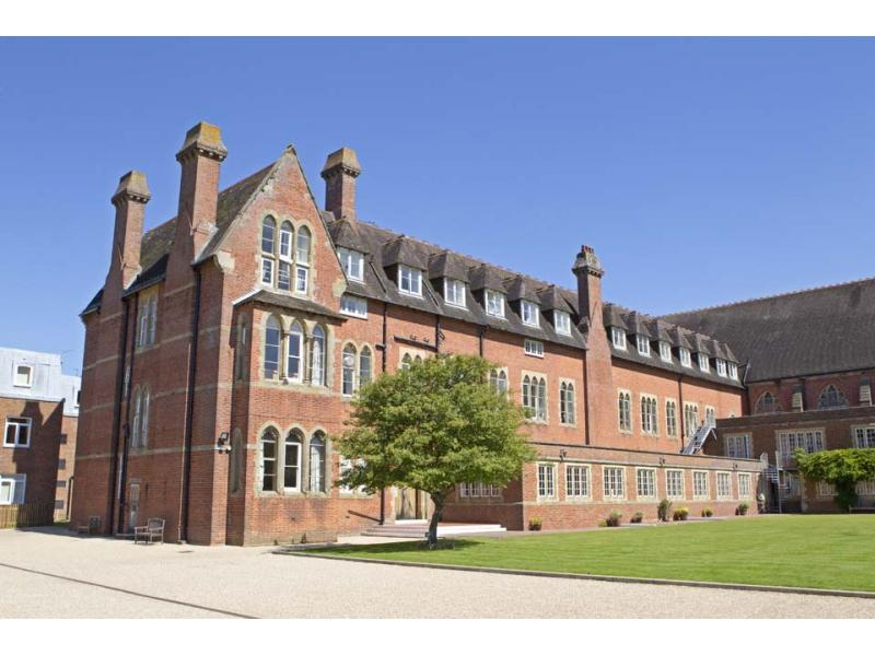 Bell International Ardingly College (Ардинглай, Англия) Отзыв студента: Эльза  Эриковна. Фото - 9