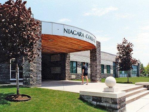 Niagara College. Фото - 9