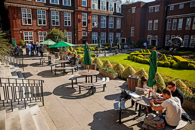 Regent's University London. Фото - 13