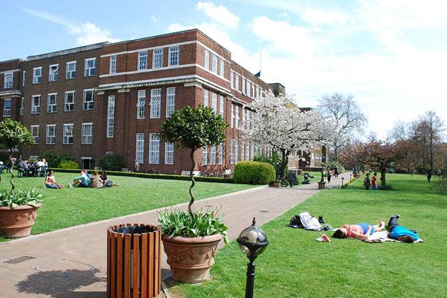 Regent's University London. Фото - 16