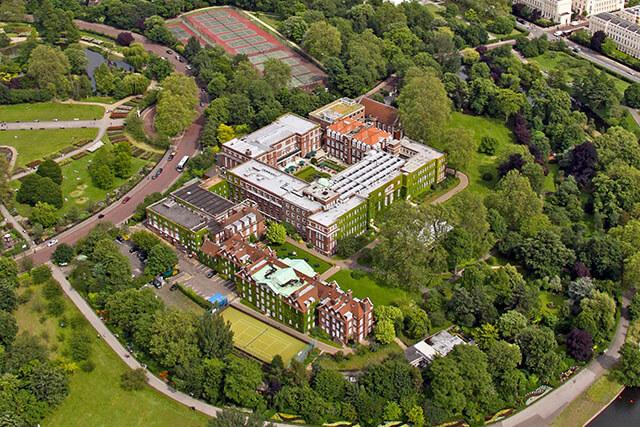 Regent's University London. Фото - 3