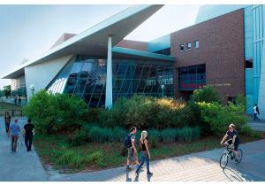 Высшее образование - страна: Канада            . Фото - 8