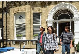 Языковые курсы - страна: Великобритания            . Фото - 8