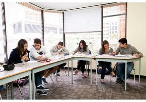 Языковые курсы - страна: Канада            . Фото - 9
