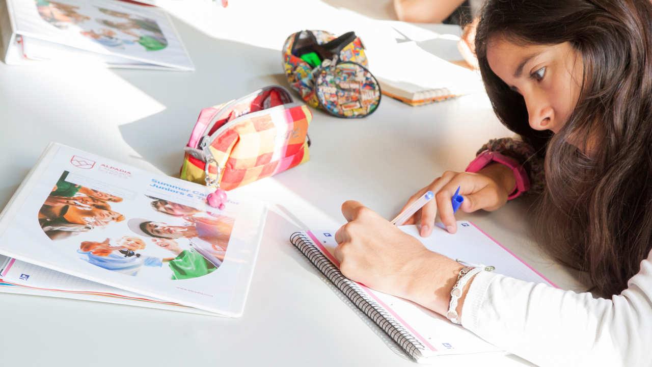 Изучение языка за рубежом, Языковые курсы для детей в Alpadia Language Schools Freiburg: Германия. Фото - 9