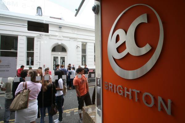 EC: Brighton. Фото - 4