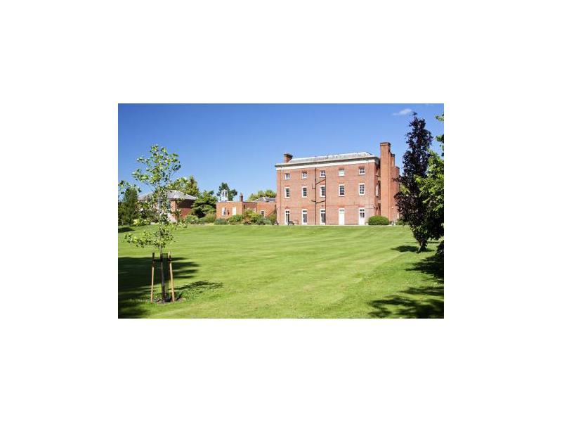 Ardmore - Berkshire College. Фото - 10