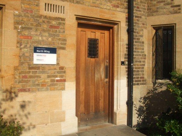 Embassy: Bellerbys College. Фото - 16