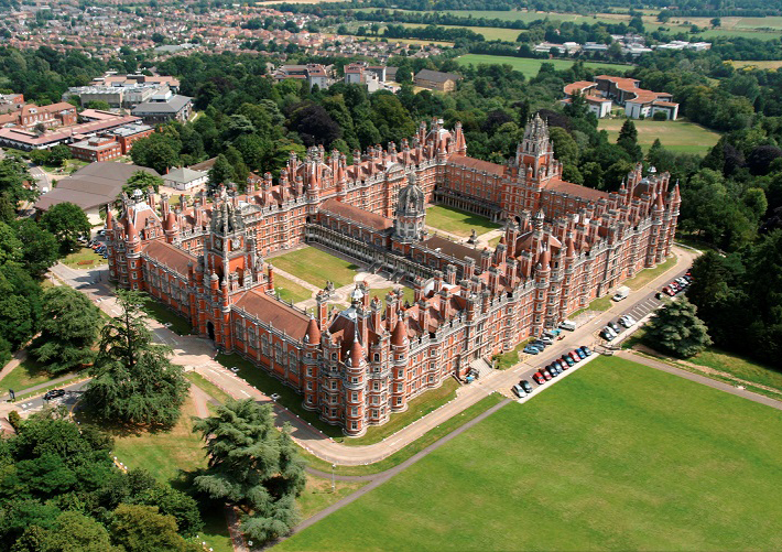 Oxford International - Royal Holloway University. Фото - 5