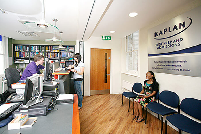 Kaplan International English - Bath. Фото - 12