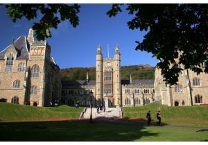 Среднее образование - страна: Великобритания            . Фото - 9