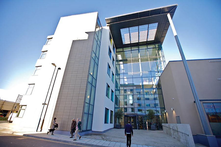 Bellerbys College. Фото - 8