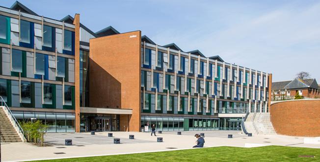 ISC University of Sussex International Study Centre. Фото - 8